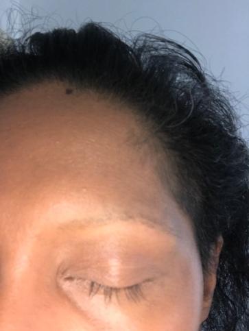Very spare eyebrow